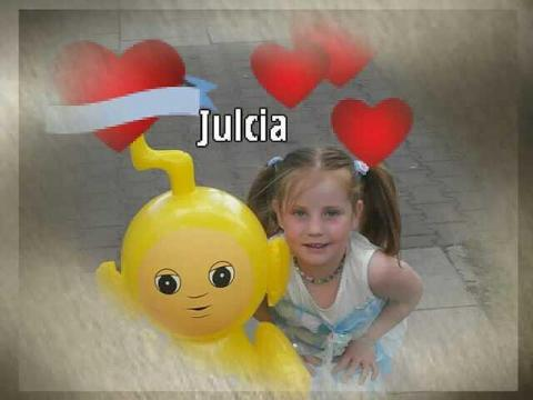 "JULEŃKA<a href=""profile.php?lookup=202""> - kate0212</a><br/> 		         Komentarzy: 1  Obejrzano:  12208 Ocena: <img src=""images/star.gif"" alt=""*"" style=""vertical-align:middle""/><img src=""images/star.gif"" alt=""*"" style=""vertical-align:middle""/><img src=""images/star.gif"" alt=""*"" style=""vertical-align:middle""/><img src=""images/star.gif"" alt=""*"" style=""vertical-align:middle""/>"